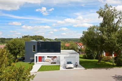 schw rer energieplus haus fertighaus ber effizienzhaus standard immobilien haus h user. Black Bedroom Furniture Sets. Home Design Ideas